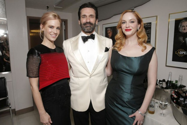 January Jones, Jon Hamm et Christina Hendricks.... (Photo: AP)