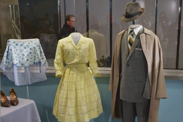 La robe de Betty Draper et l'habit de... (Photo: AFP)