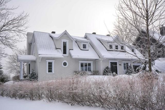 Le cottage construit autour des années 70 n'a... (Photo fournie par l'Équipe Léger)