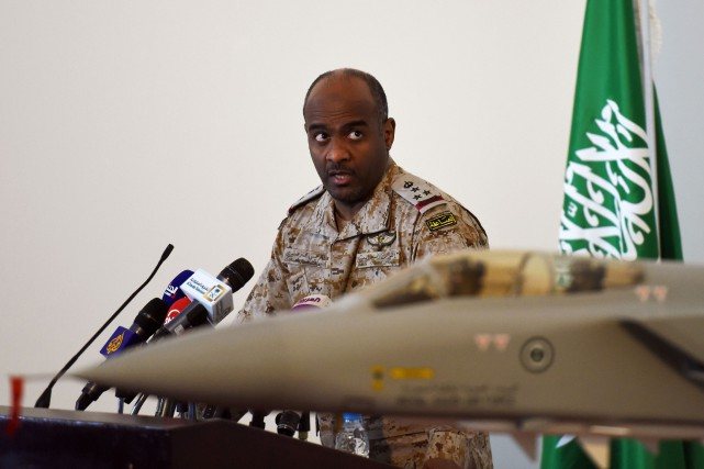 Le brigadier général de l'armée saoudienne, Ahmed Asiri... (PHOTO FAYEZ NURELDINE, AFP)