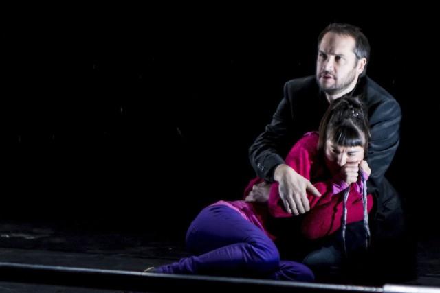Vipérine, interprétée par Léonie St-Onge, retrouve finalement son... (Photo fournie par la Maison Théâtre)