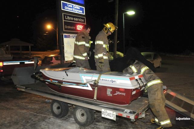 Un motoneigiste d'une soixantaine d'années est mort hier... (Photo Rocket Lavoie, Le Quotidien)