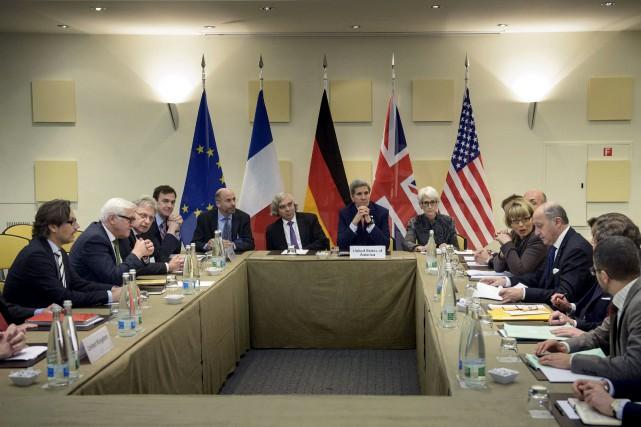 Plusieurs négociateurs ont fait preuve samedi d'une certaine... (Photo Brendan Smialowski, Reuters)