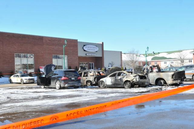 Cinq véhicules ont été incendiés ce week-end à... (Photo: Émilie O'Connor)