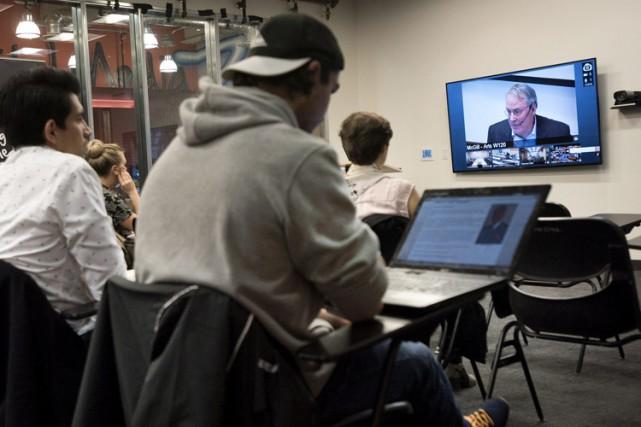Le professeur Dryden souhaite que son cours connecte... (Photo: PC)