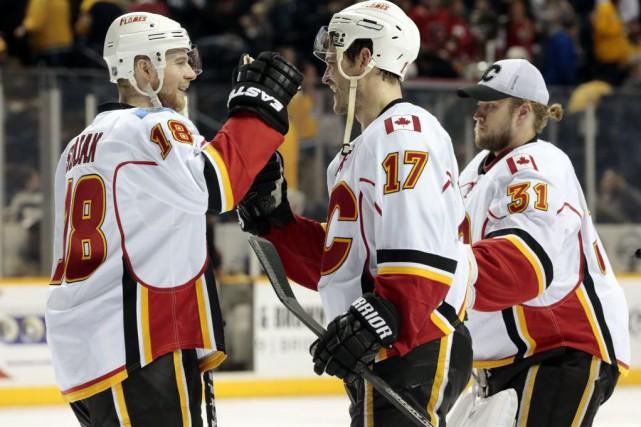 Lance Bouma a inscrit deux buts et les Flames de Calgary ont défait les... (Photo: AP)