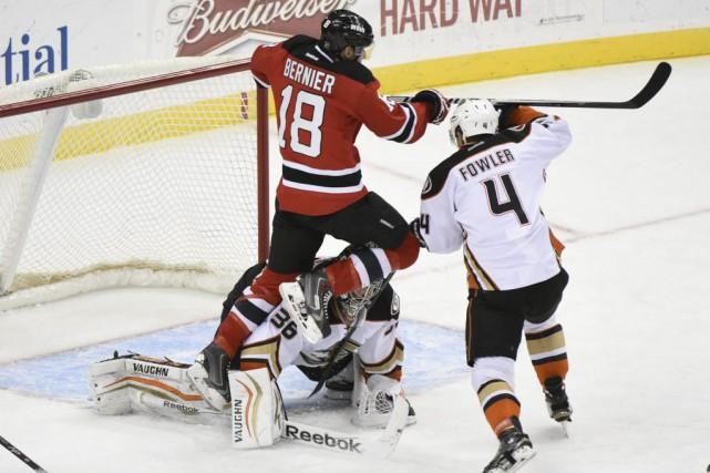 John Gibson a effectué 26 arrêts et les Ducks d'Anaheim ont fait un pas de plus... (Photo: AP)