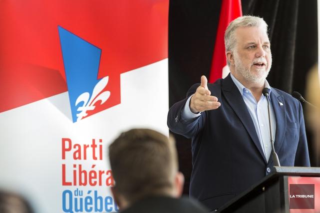 Philippe Couillard était à Sherbrooke dimanche.... (Imacom, Jocelyn Riendeau)