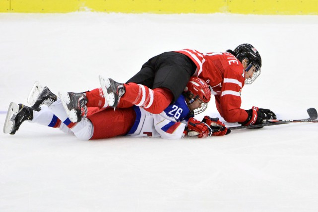 Les Canadiennes se sont relevées après un revers... (Associated Press)