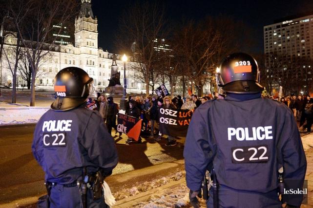 Manifestation contre l'austérité le 24 mars.... (Le Soleil, Erick Labbé)