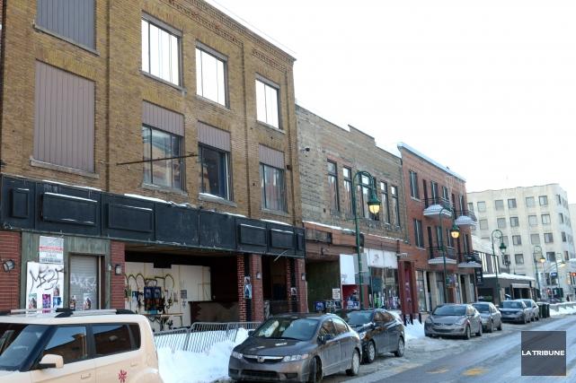 La Ville de Sherbrooke a lancé un nouvel appel d'offres pour la démolition de... (Archives La Tribune, Maxime Picard)