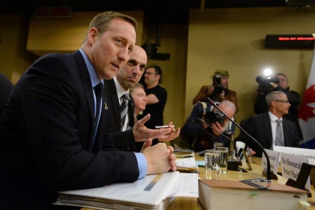 Les ministres fédéraux de la Justice et de... (Photo La Presse Canadienne)