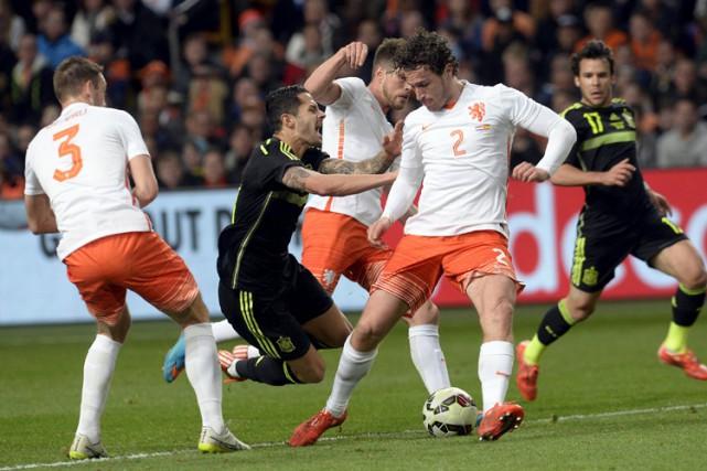Les Pays-Bas, qui avaient humilié l'Espagne (5-1) au premier tour du dernier... (Photo: Reuters)