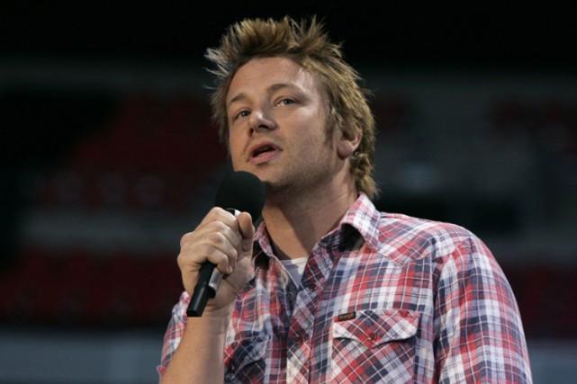 Jamie Oliver est bien connu pour son militantisme... (Archives Reuters)