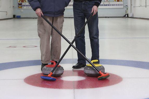 Le Club de curling de Hawkesbury doit augmenter ses revenus pour assurer sa... (Archives)