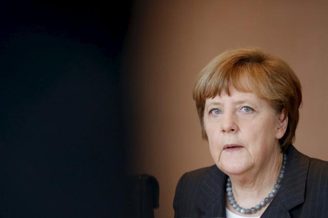 La chancelière allemande Angela Merkel... (PHOTO FABRIZIO BENSCH, REUTERS)