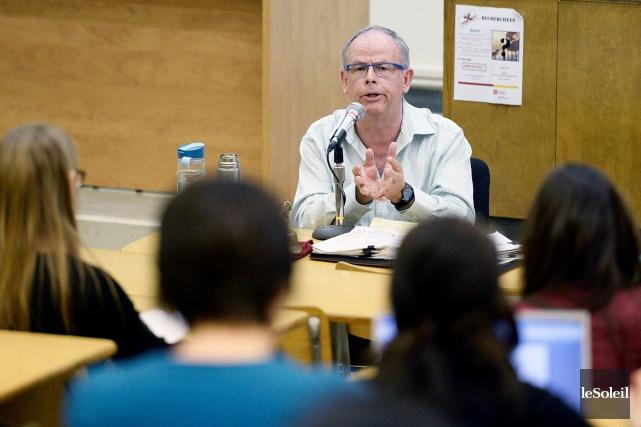 Une trentaine d'étudiants ont assisté au cours du... (Le Soleil, Jean-Marie Villeneuve)