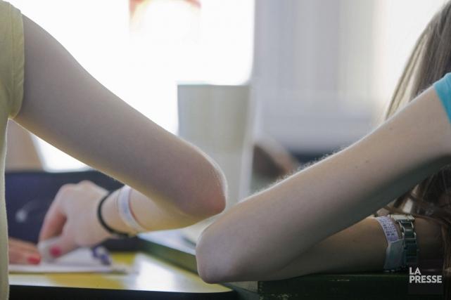 L'anorexie mentale, qui touche surtout les jeunes filles, ne s'expliquerait pas... (Photo archives La Presse)