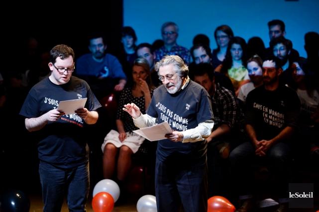 Plusieurs artistes ont fait des lectures devant public... (Le Soleil, Jean-Marie Villeneuve)