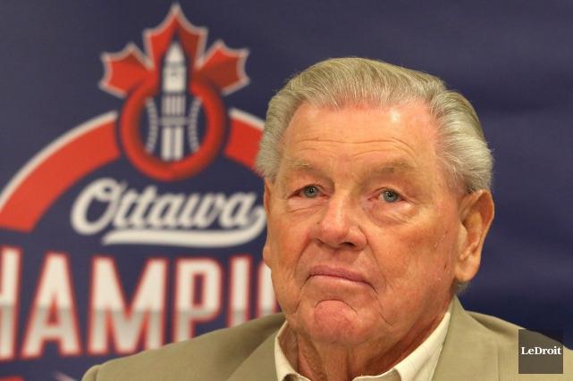 Le gérant des Champions Hall Lanier.... (Patrick Woodbury, Archives LeDroit)