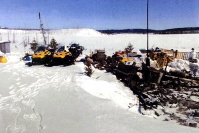 La Sûreté du Québec (SQ) confirme la présence de cinq corps dans les décombres... (Courtoisie SQ)
