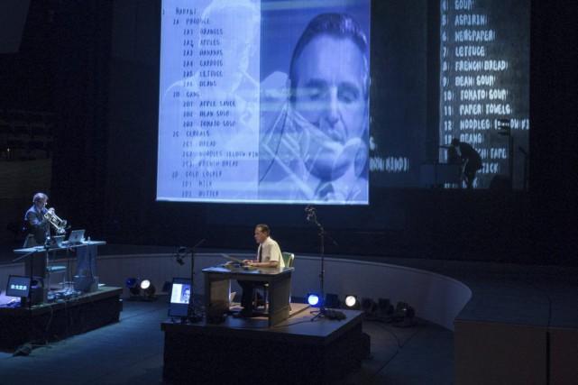 Mikel Rouse dans le rôle de Doug Engelbart.... (Photo: AFP)
