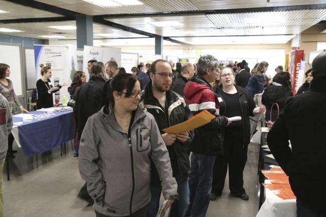 Plus de 450personnes ont visité le salon Événement... (Photo Janick Marois)