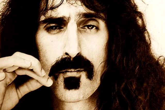 Frank Zappa, qui a succombé à un cancer... (PHOTO ARCHIVES BLOOMBERG)