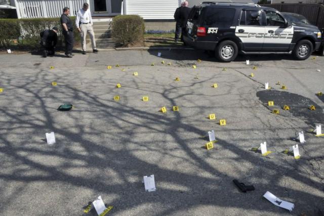 Certains policiers venus en renfort ont ouvert le... (Photo U.S. Attorney's Office, AP)