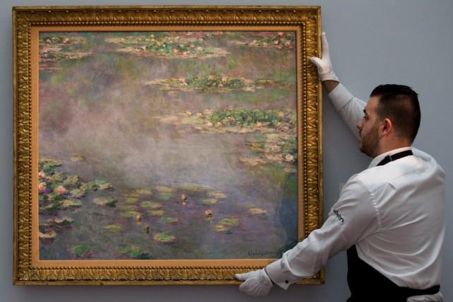 L'année dernière, Sotheby's a récolté plus de 190... (PHOTO ANDREW COWIE, AFP)