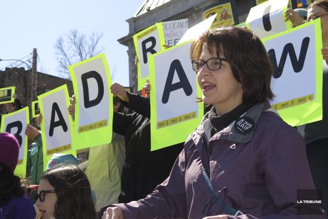 Fidèle sympathisante à la cause de Raif Badawi,... (Imacom, René Marquis)