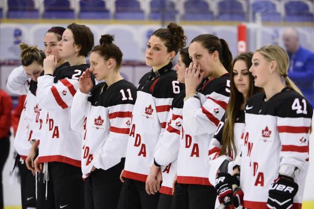 Les Canadiennes et les Américaines avaient rendez-vous en... (PHOTO CLAUDIO BRESCIANI, AP)