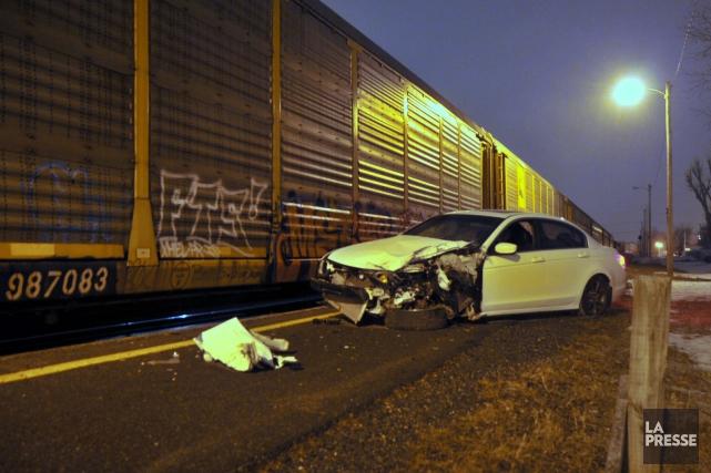 Un train a heurté un véhicule abandonné sur... (Collaboration spéciale, Éric Beaupré)