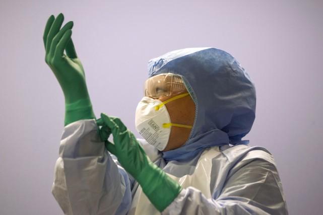 Aucun cas d'Ebola n'a été confirmé au Canada... (Photo Chris Young, PC)
