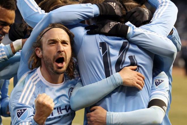 Le Revolution (2-2-1) a signé une première victoire... (Photo Peter Morgan, archives AP)