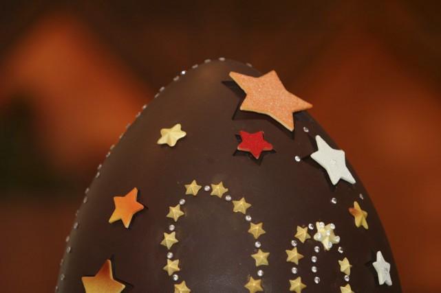 C'était la cohue, samedi, dans les chocolateries et pâtisseries de Montréal, où... (PHOTO SUZANNE PLUNKETT, ARCHIVES BLOOMBERG)