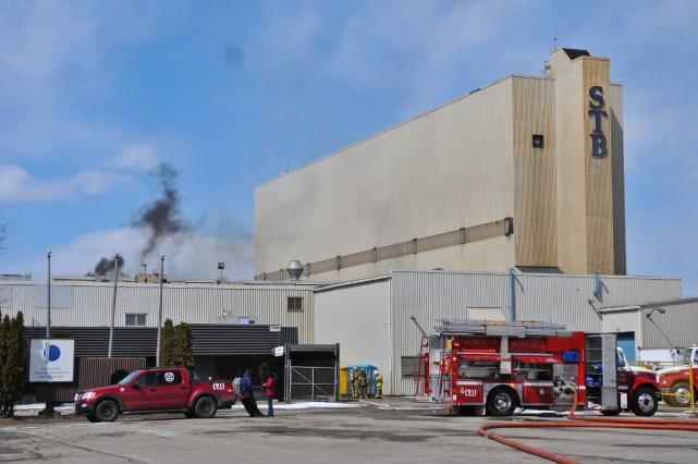 Les flammes auraient pris naissance dans une section... (Photo: Émilie O'Connor)
