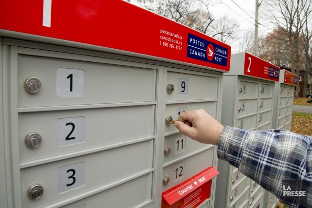 La démarche de Postes Canada pour l'installation de... (ARCHIVES)