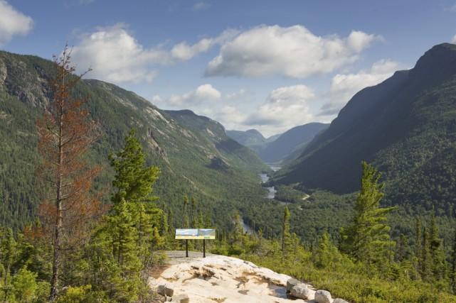 Sentier le Riverain au parc national des Hautes-Gorges-de-la-Rivire-Malbaie.... (Photo Mathieu Dupuis, fournie par la SEPAQ)