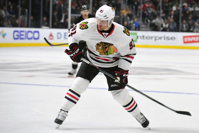 Le centre Brad Richards, des Blackhawks, va rater les trois derniers matches de... (Photo: Reuters)