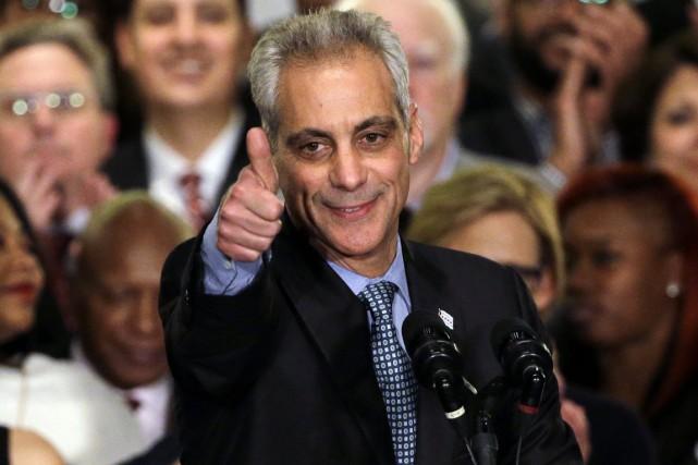 Rahm Emanuel a remporté 56% des voix, obtenant... (PHOTO NAM Y. HUH, AP)