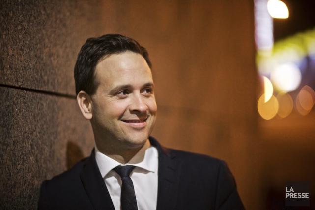 Alexandre Cloutier se présente comme le candidat du... (PHOTO ANDRÉ PICHETTE, LA PRESSE)
