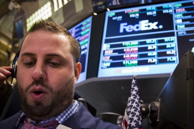 Le marché est «presque stable, avec une prudence... (PHOTO BRENDAN MCDERMID, REUTERS)