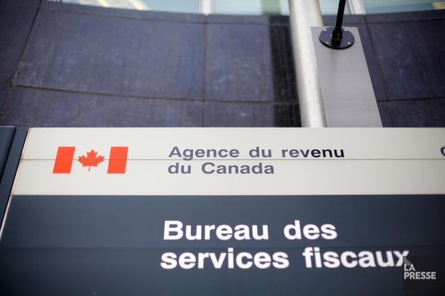 En pleine période des impôts, l'Agence du revenu du Canada (ARC) fait de la... (PHOTO ARCHIVES LA PRESSE)