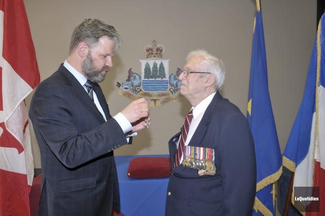 Le caporal Adrien Boivin a reçu le prestigieux... ((Photo Le Quotidien-Rocket Lavoie))
