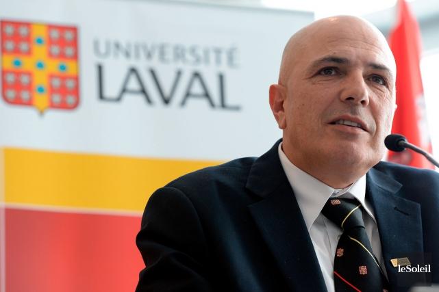 Le mois dernier, le vice-recteur Éric Bauce avait... (Photothèque Le Soleil, Erick Labbé)