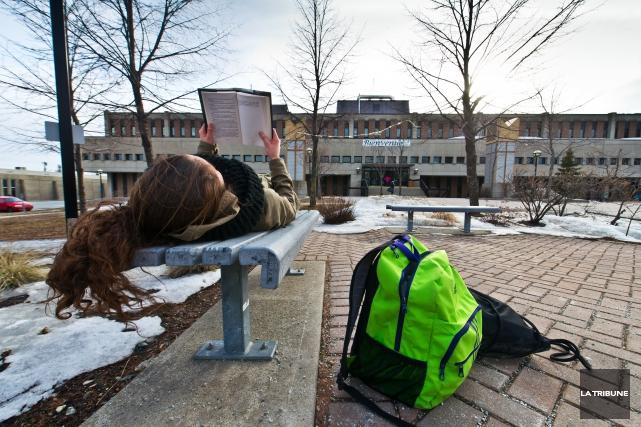 Le Cégep de Sherbrooke s'attend à connaître une baisse de 100 étudiants à... (Imacom, Jessica Garneau)