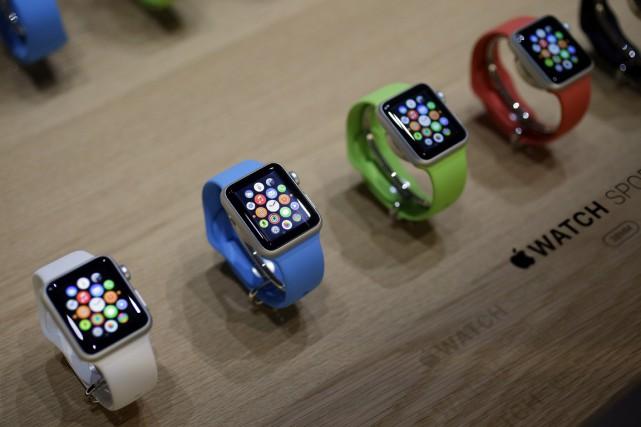 Attendue depuis des mois, voire des années, c'est aujourd'hui que l'Apple Watch... (Photo Eric Risberg, archives AP)