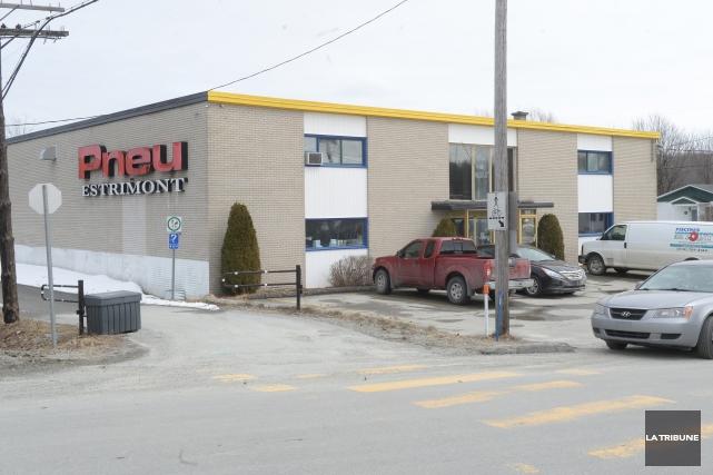 La Ville de Sherbrooke poursuit pour outrage au tribunal Pneu Estrimont et son... (Imacom, Maxime Picard)