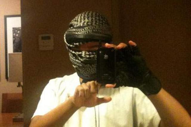 L'homme, John Booker, 20 ans, est soupçonné d'avoir... (PHOTO TIRÉE DE FACEBOOK/HEAVY.COM)